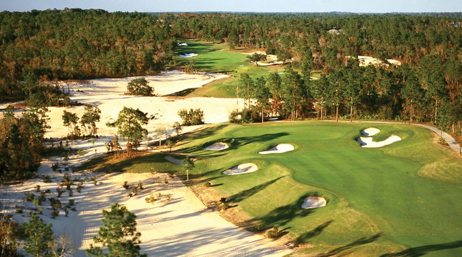 Black Diamond Ranch features some of the best golf courses in Florida